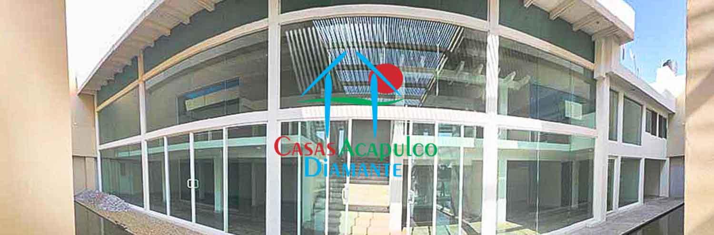 Plaza 1730