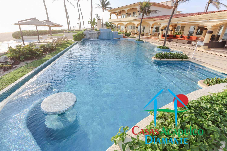 Tres Vidas Acapulco Villa Universal
