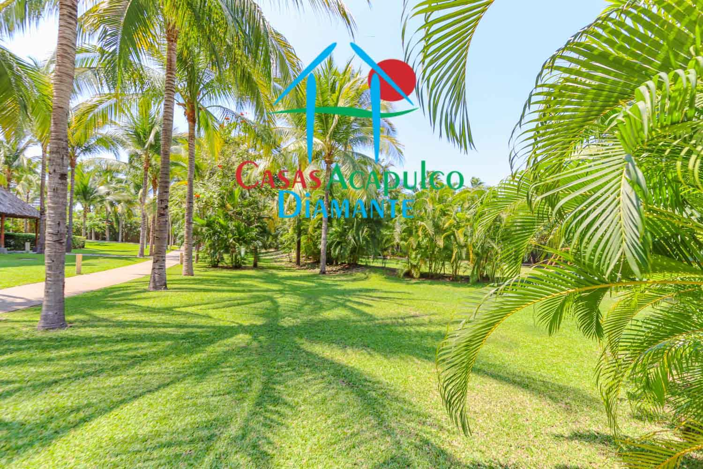 Alberca y áreas comunes Cluster Gran Caiman, Hawaii, Ibiza y Java