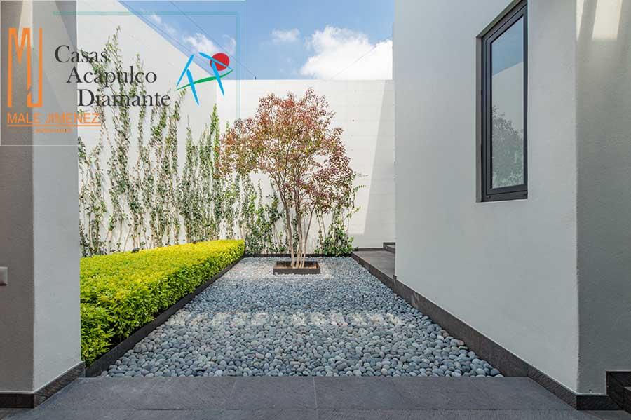 Jardines del Pedregal, Cañada 281