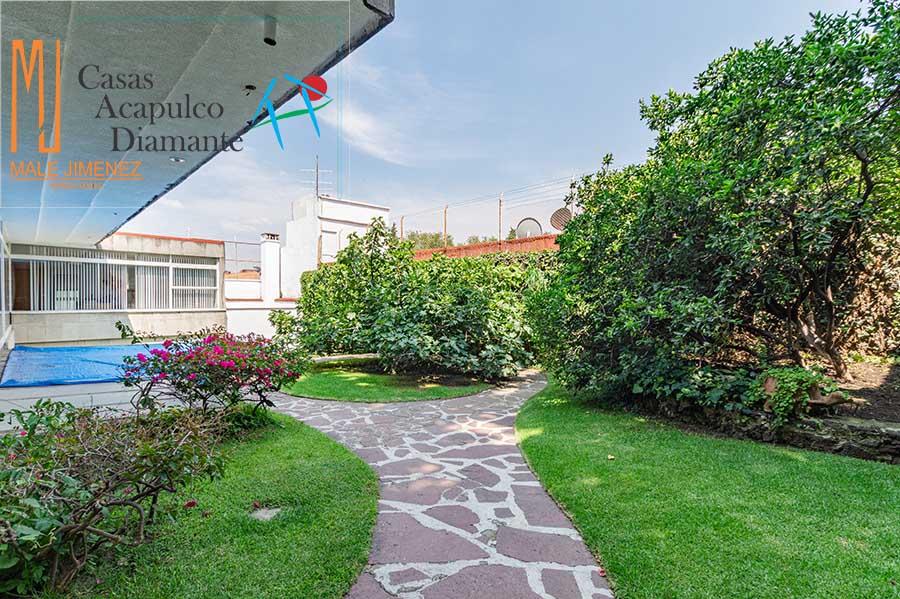 Jardines del Pedregal, Piedra 130